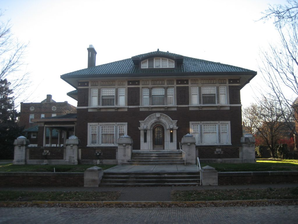 Fendrich house at 827 SE 1st St
